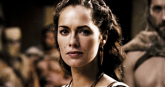 Lena-Headey-as-Queen-Gorgo-in-300